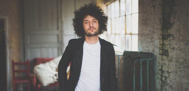 hands tied-billy lockett-indie-indie music-new music-singer songwriter-uk-new music-music blog-indie blog-wolfinasuit-wolf in a suit